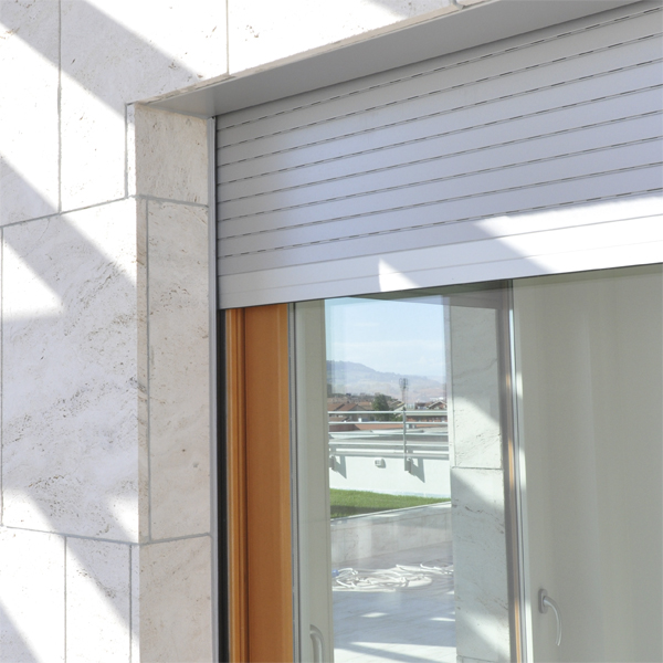 Monoblocco con avvolgibili fioretti infissi srl - Serrande avvolgibili per finestre ...